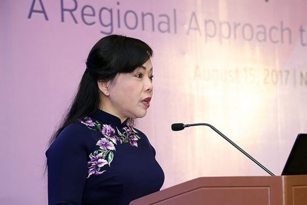 Health Minister Tien Nguyen Thi Kim delivers welcome remarks